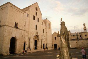 Базилика св.Николая в Бари, Италия